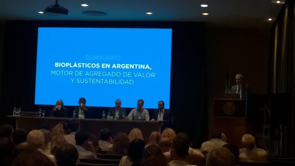Adiós petróleo: en la Argentina está todo listo para comenzar a fabricar plásticos a partir de insuma